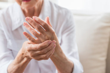 woman with rheumatoid arthritis